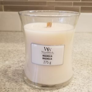 New Medium WoodWick Candle